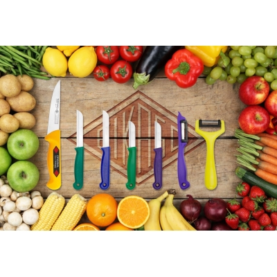 Kitchen Knives and Peelers, Set of 7pcs.